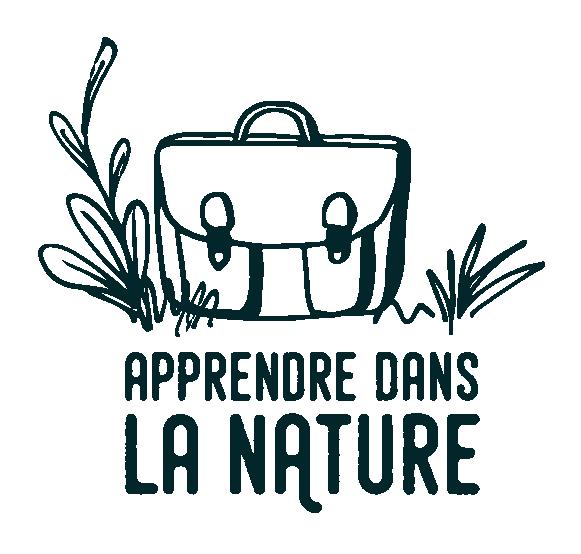 Apprendre dans la nature, cartable, pelouse, logo